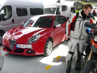 アルファロメオ ジュリエッタ これがレンタカーです